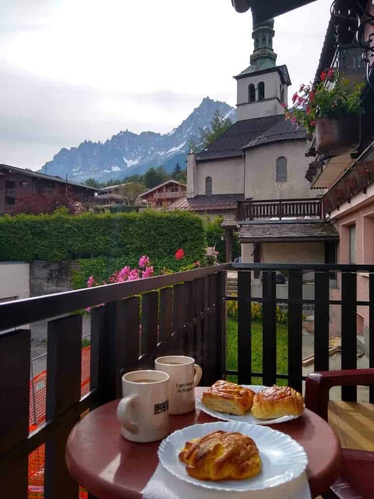 Breakfast on a balcony in in Les Houches
