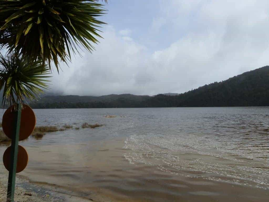 High tide at the Awaroa Inlet on the Coast Track