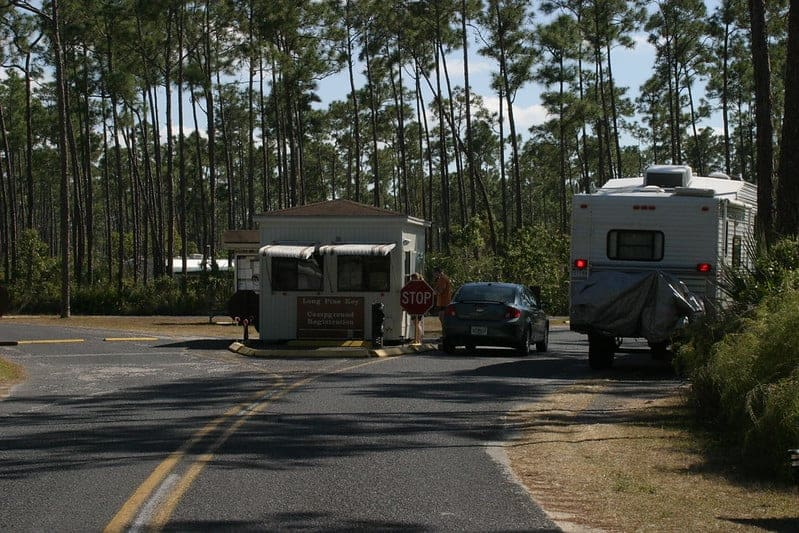 Entrance to the Lone Pine Key Campground