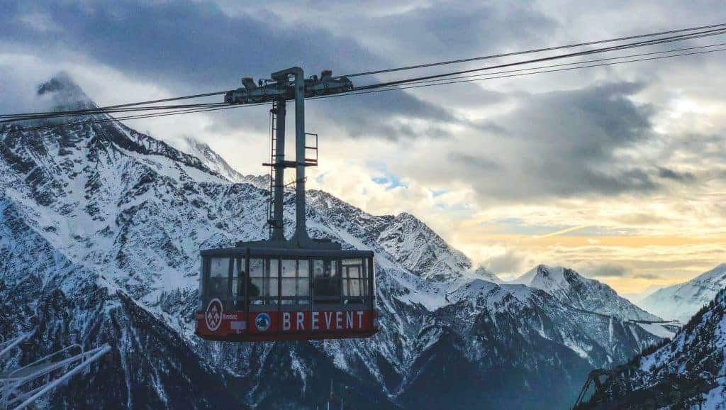 A cable car descends into the Chamonix valley