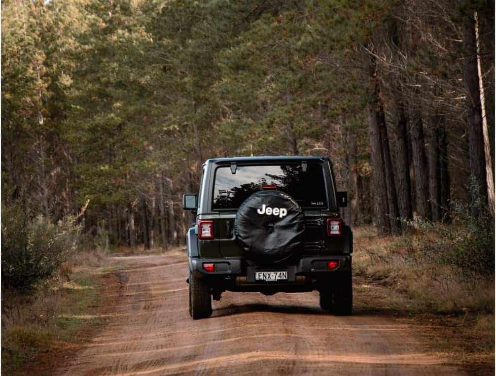 Jeep on Pole Hill Road near Estes Park